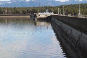 Видимо намалява водата в 15 от големите ни язовири