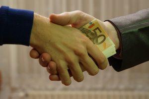 """Шефът на """"Националната лотария"""" отрече всичко, казано от Божков за парите за властта"""