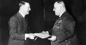 Д-р Теодор Морел  – дилърът на Хитлер