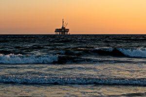 Огромен нефтен разлив от 40 хил. литра в Чили