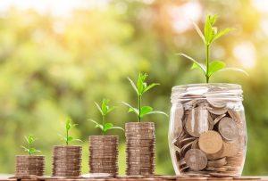 По-високи заплати и пенсии и по-скъпи таксита от днес