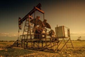 Цената на петрола скочи драстично след атаките с дронове