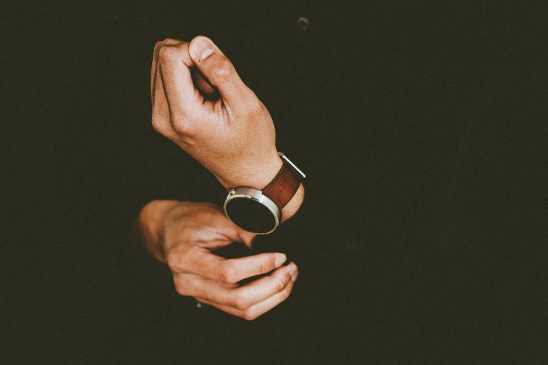 Онлайн магазин със скъпи часовници измами десетки