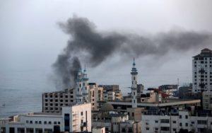 Втори ден продължава обстрелът в Ивицата Газа – вендета за убит джихадистки лидер