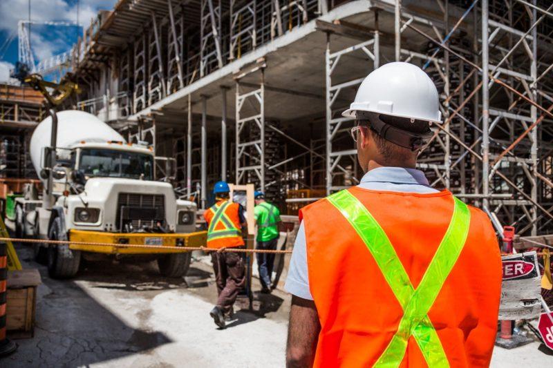 Спряха лицензите на 6 фирми за строителен надзор, започват проверки