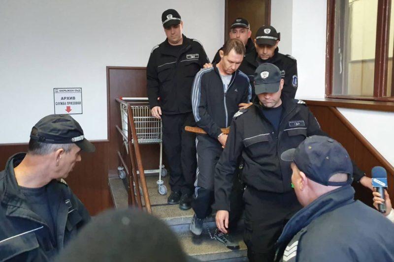 Извършителят на двойното убийство в Пловдив бил биполярен, твърди, че семейството му е в опасност