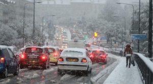 Read more about the article Един загина, хиляди без ток в Южна Франция заради снеговалежи