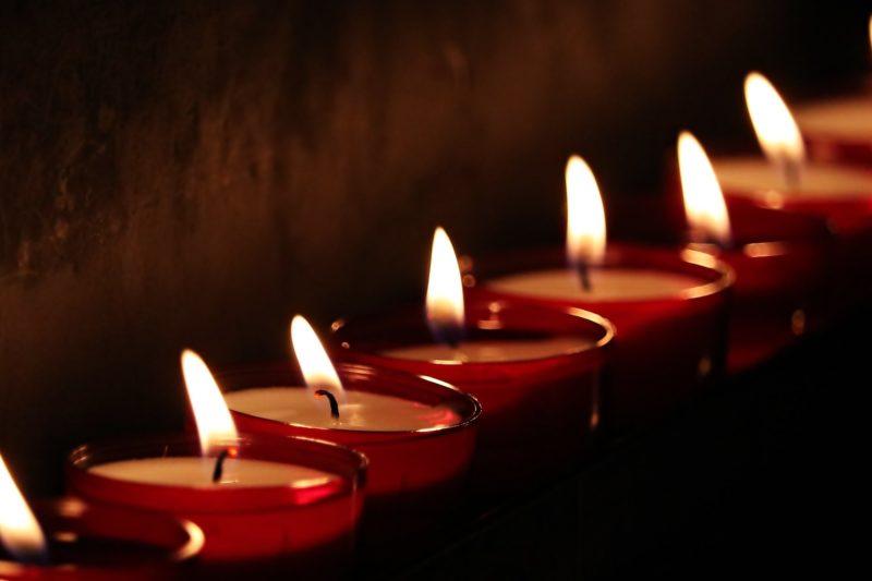 На Архангелова задушница отдаваме почит на мъртвите