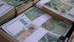 Борисов раздаде милиони за увеличение на заплати в министерства