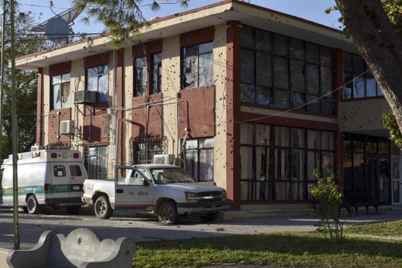 Наркокартел атакува полиция в Мексико, 14 души бяха убити