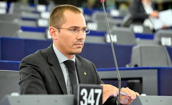 Джамбазки поиска дебат в ЕП за свободата на словото онлайн и блокирането на социална мрежа с милиони потребители