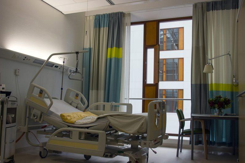 Няма пари за първата болница за лечение на COVID-19, а за нея ще има само един респиратор