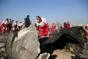 Откриха дупки по корпуса на падналия самолет – разследват причината (ВИДЕО)