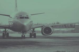 Забраняват полетите от Испания и Италия до България