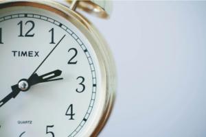 Местим стрелките на часовника – ето кога