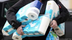 Австралия отново е парализирана от истерия за тоалетна хартия (ВИДЕО)