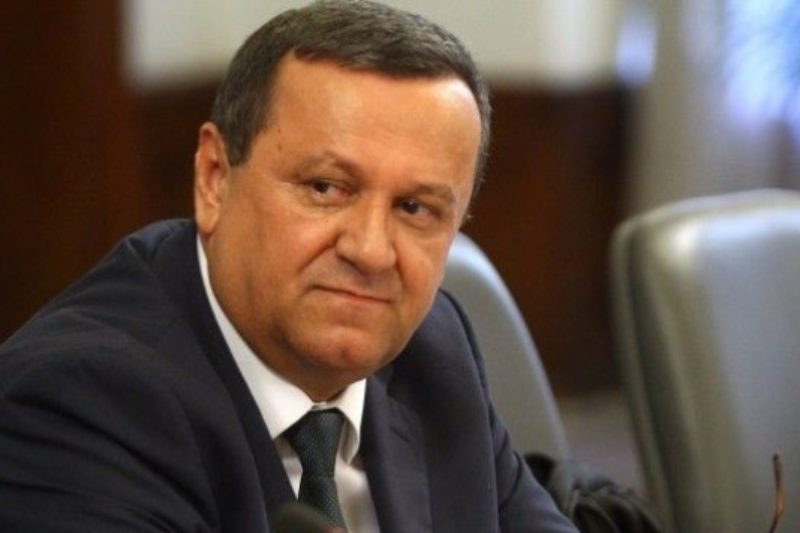 Депутати спешно идват в София за тест, Хасан Адемов е добре