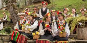 Лазаровден. Да се превърнеш в жена…по български.