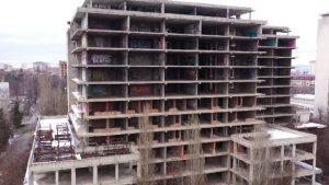 Read more about the article Събарят недостроената Детска болница, ще изграждат нова