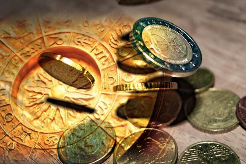 ФИНАНСОВ ХОРОСКОП: Следете знаците за пари и помислете за бъдещето си