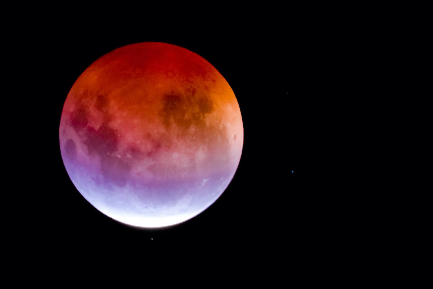 Паричен лунен календар за май