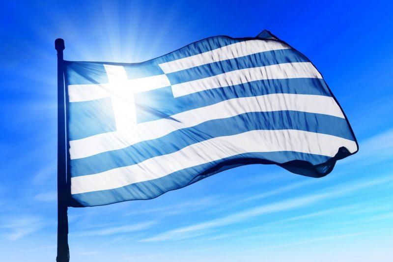 Гърция обмисля връщане на строгите мерки другата седмица