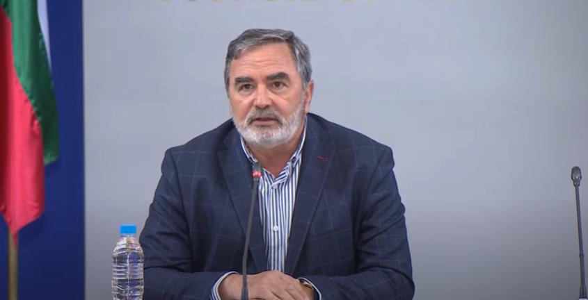 """Доц Кунчев: Всеки трети случай у нас е """"Делта"""" вариант, трябва задължителна ваксинация за медиците"""