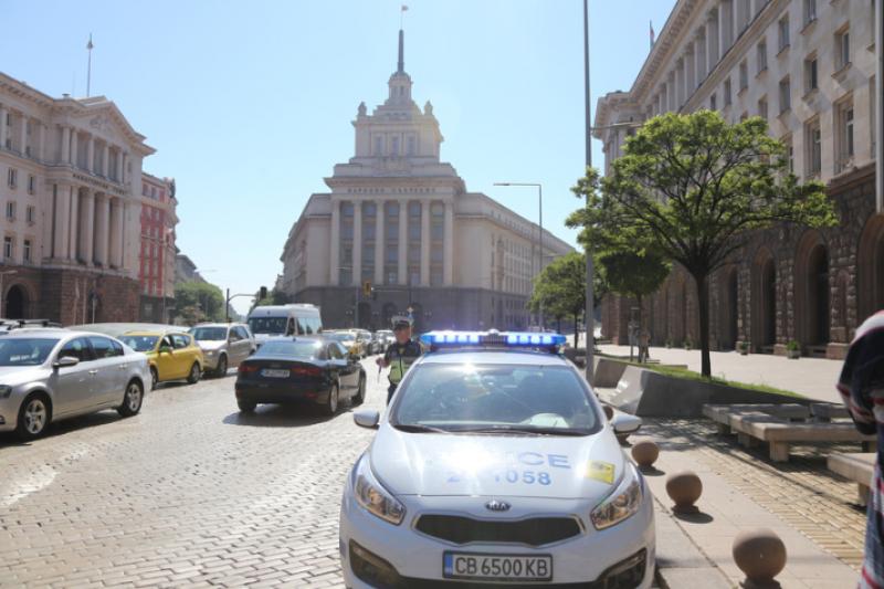 """РАВНОСМЕТКАТА: Четирима задържани и двама под домашен арест след акцията на """"Дондуков"""" 2"""