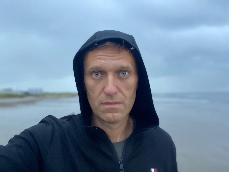 You are currently viewing Тайните служби следили Навални дни преди да бъде отровен