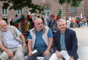 """""""Отровното трио"""" с предположения кой може да смени Борисов"""