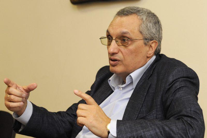 Костов: Ако заразените отново се увеличат преди изборите, само ГЕРБ ще спечелят