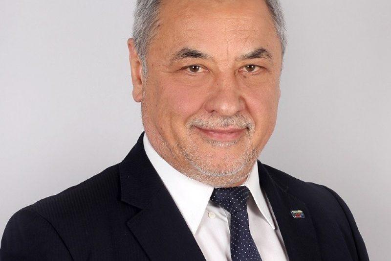 Валери Симеонов поиска поне 3 седмици пълен локдаун и разпускане на парламента