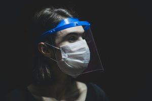 Read more about the article Учителите с маски и шлемове в часовете, PCR тестовете за тях ще са безплатни