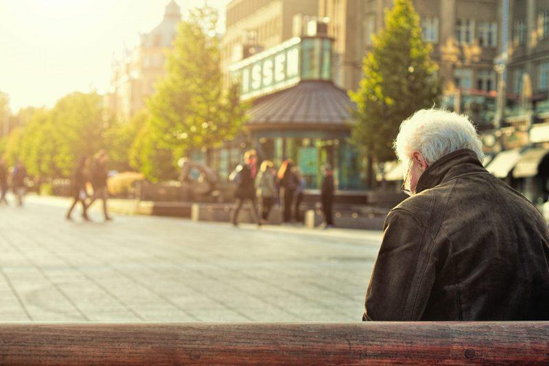 Над 100 заразени с коронавирус в старческия дом във Варна