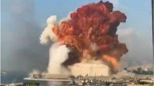 """Преди половин година предупредили, че амониевият нитрат, който избухна в Бейрут """"може да вдигне града във въздуха"""" (ВИДЕО)"""