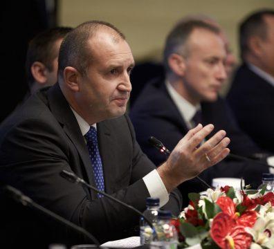 Румен Радев, мерки, моделът, управление, план, икономика