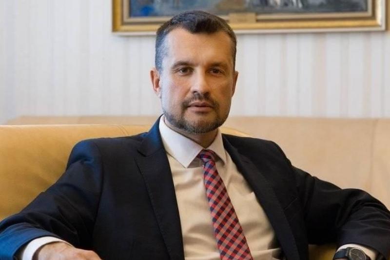 Калоян Методиев: Напусах Президентството заради посещение на тържество на Нинова в Боровец
