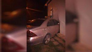 Мъж е с 35% изгаряния в реанимация след като шофьор без книжка се вряза в заведение във Варна
