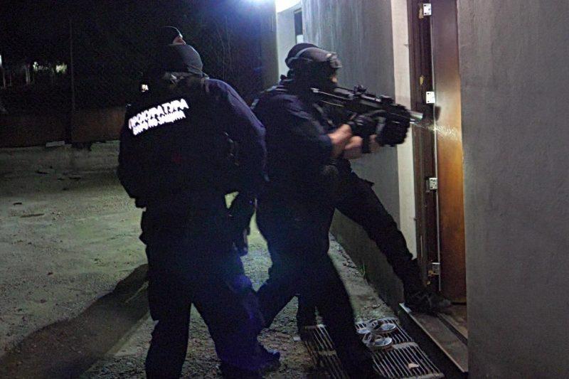 Разбиха престъпна група за побой и рекет срещу длъжници на фирма за бързи кредити