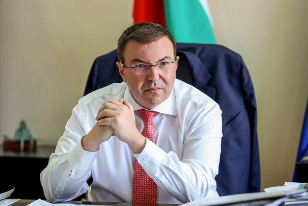 Ангелов за нарушенията в Сандански: Ако можех, щях да съм освободил директора на болницата