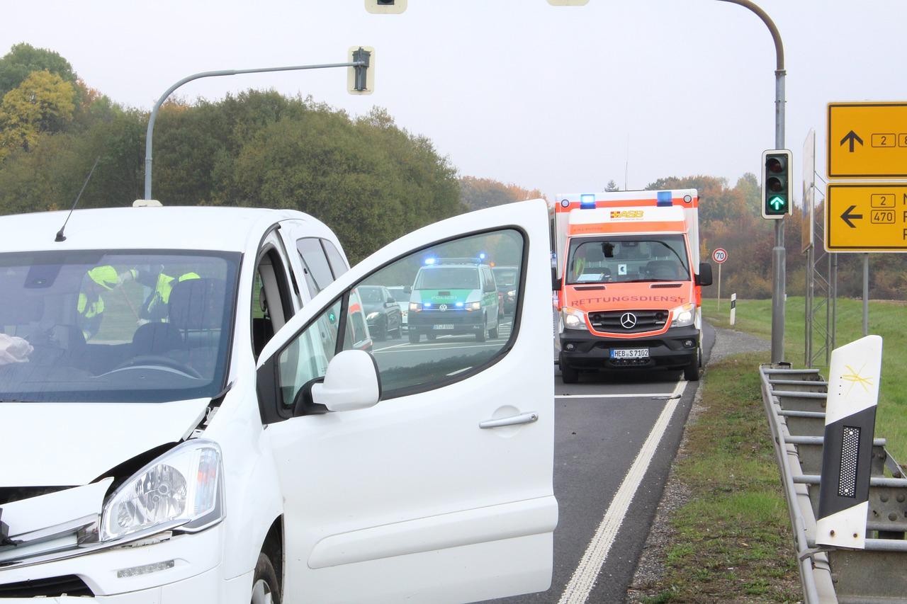 Верижна катастрофа с челен удар и пострадали край Благоевград