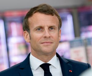 Президентът на Франция Еманюел Макрон е с коронавирус