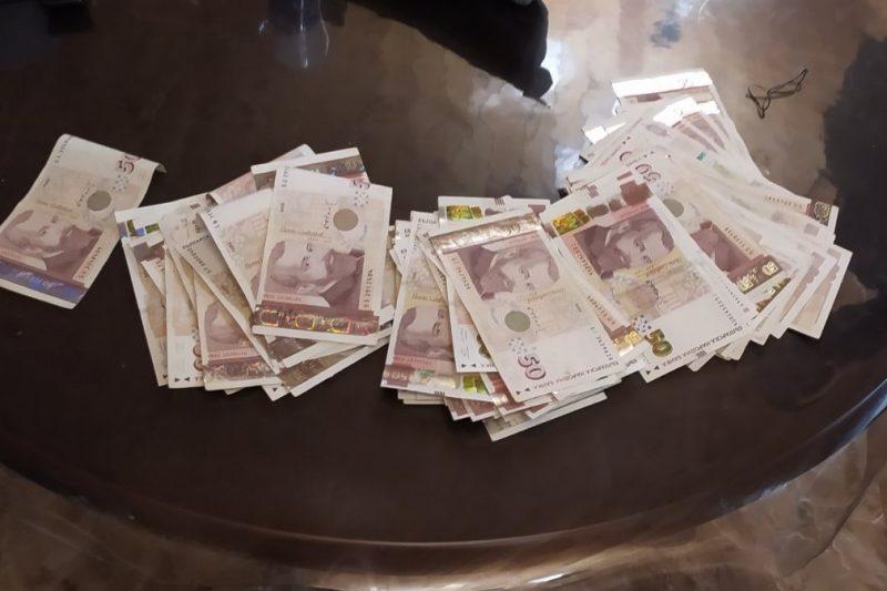 Арестуваха 21-годишен във Варна при разкриване на печатница за фалшиви пари