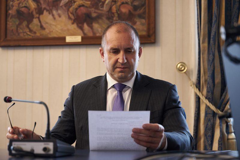 Радев отговори на Борисов: Паметта му се нуждае от освежаване