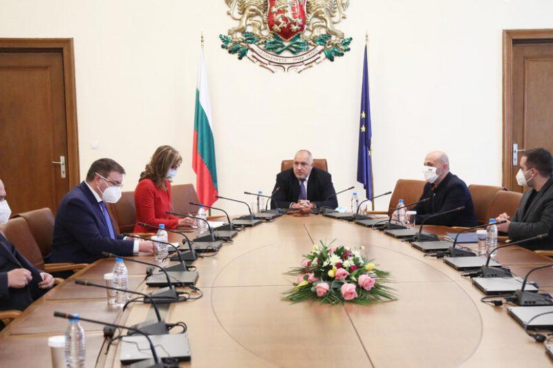 Бойко Борисов подаде оставката на правителството си