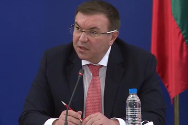 """Ангелов: Обезпокоени сме от съобщенията за ваксината на """"Янсен"""""""