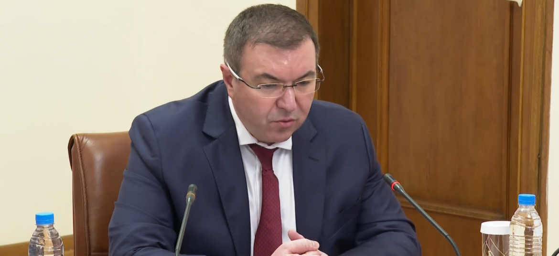 Костадин Ангелов, зелени коридори, ваксинация, трета вълна, пандемия, коронавирус, министър, оставка, Бойко Борисов