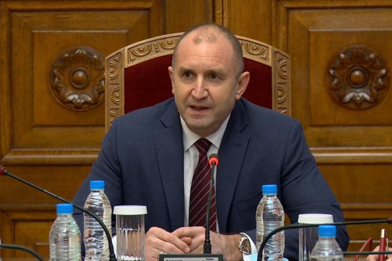Радев свиква допълнителни консултации за новата ЦИК