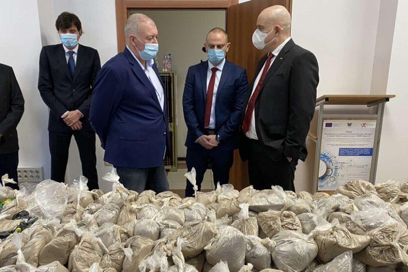 Хванаха хероин за 32 млн. лева във Варненско (СНИМКИ)