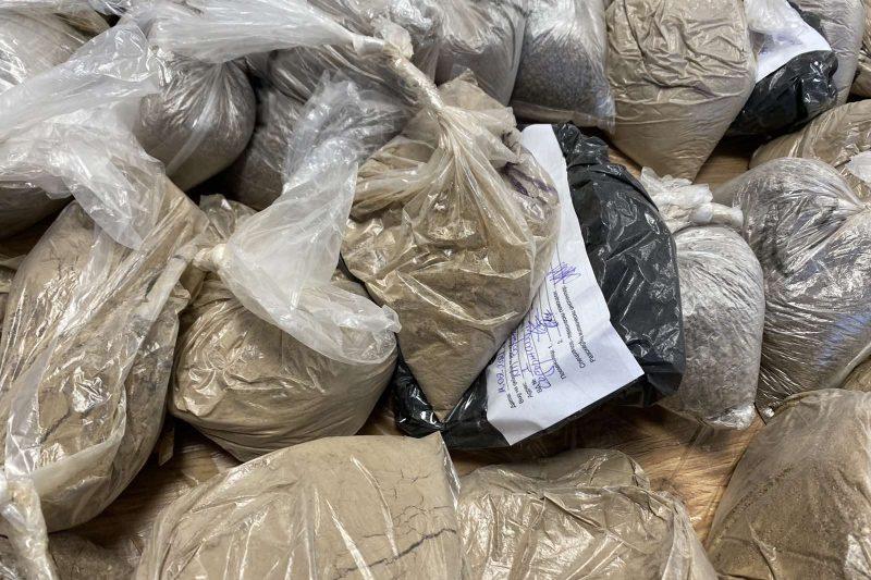 Заловеният хероин бил от Иран през Дубай за България, има двама арестувани